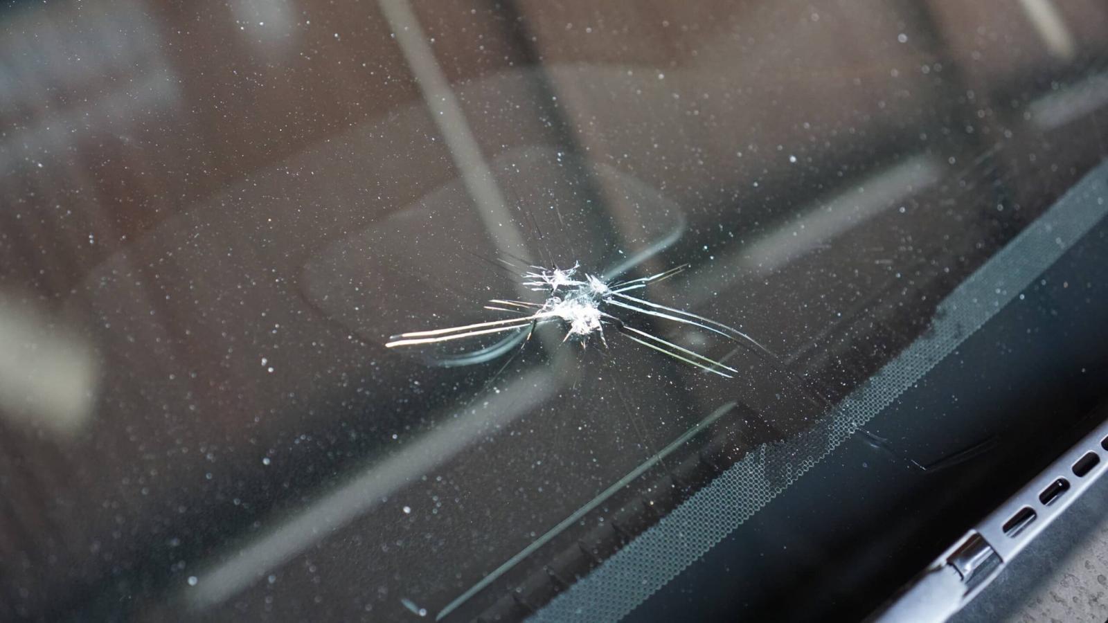 chipped auto glass repair